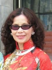 Nhà báo Kim Dung