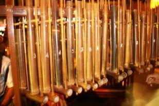 Nhạc cụ dân tộc Bali