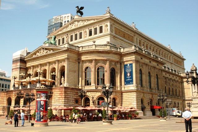 Nhà hát lớn - Alte Oper