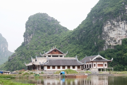 Những ngôi chùa mới xây