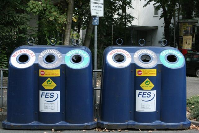 Sọt rác - kỷ luật Đức