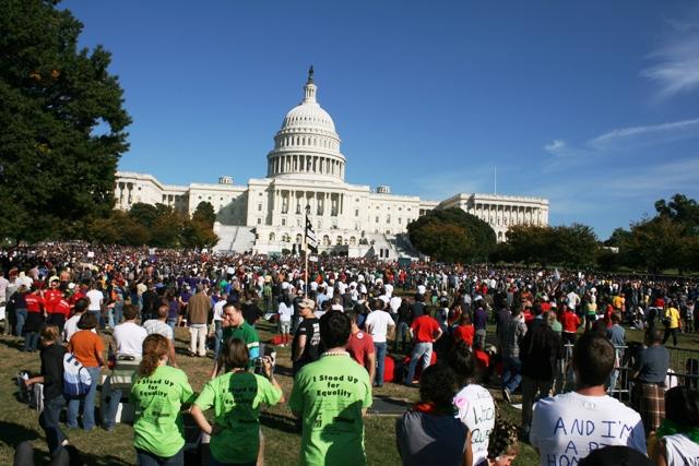 Biểu tình ủng hộ trước Capitol