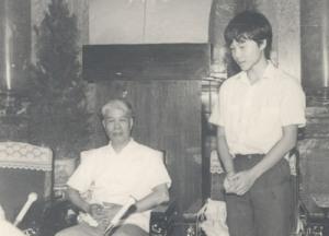 Ngô Bảo Châu báo cáo bác Đỗ Mười