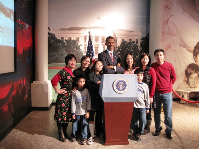 Với Barack Obama trong Madame Tussaulds