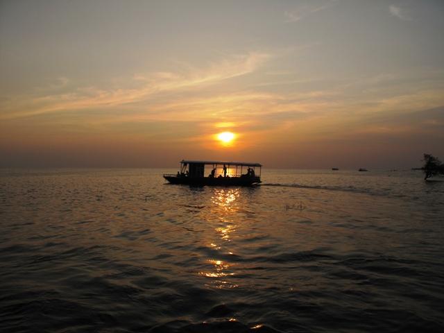 Chiều tà Tonle Sap