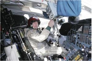 Putin trên máy bay ném bom TU160
