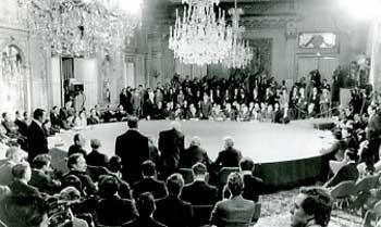 Hiệp định Paris ký kết năm 1973.