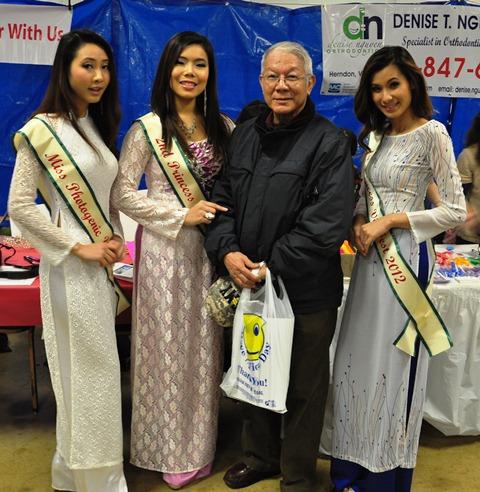 Các hoa hậu Hue Vo, Thai Hương, Alex Linh trong ban tổ chức. Ảnh: HM