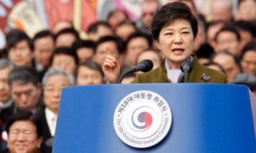 Dân chủ đưa bà Park Geun-hye lên Tổng thống.