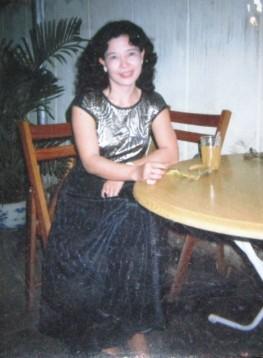 Kim Dung trong quán cafe ở Hội An