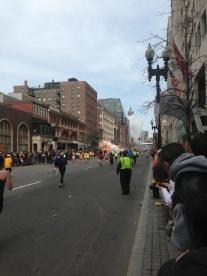 Quang cảnh vụ nổ ở Boston. Ảnh: internet