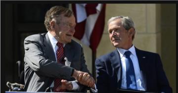 Hai cha con Bush cùng làm tổng thống.