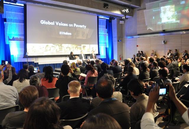 Quang cảnh hội thảo Global Voices on Poverty. Ảnh: HM