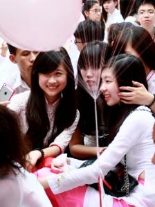 Nữ sinh trường Trần Phú. Ảnh: TPO