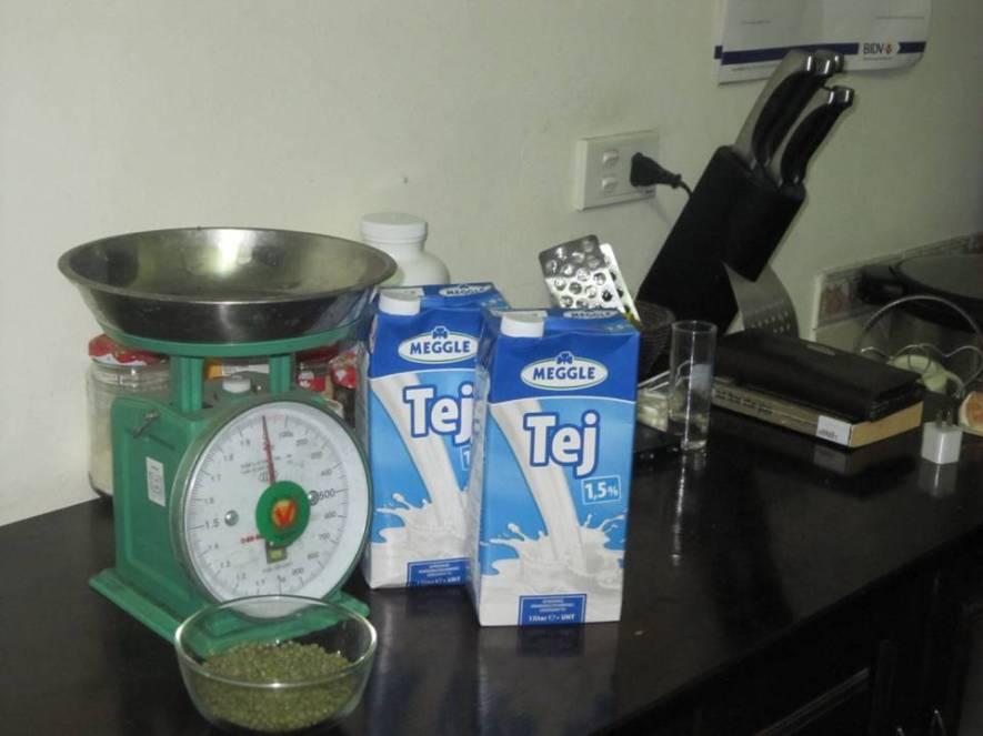 Vỏ hộp sữa bỏ đi