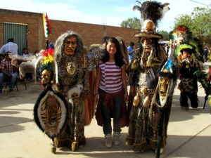 Huyền Chíp ở Bolivia. Ảnh: Khám phá