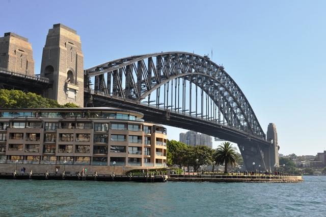 Cầu cảng Sydney. Ảnh: HM