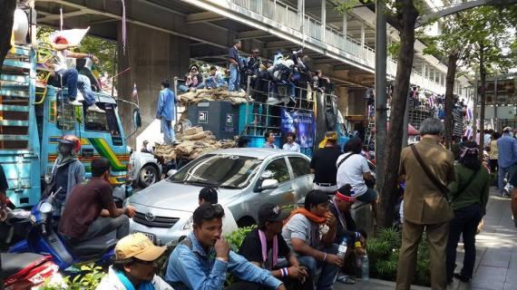 Dân biểu tình ở BKK. Ảnh: Lan Anh
