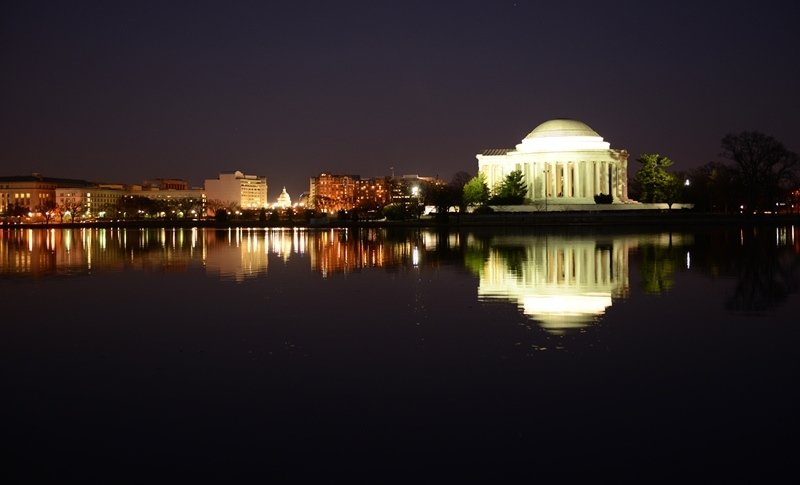 Jefferson by Night. Ảnh: HM