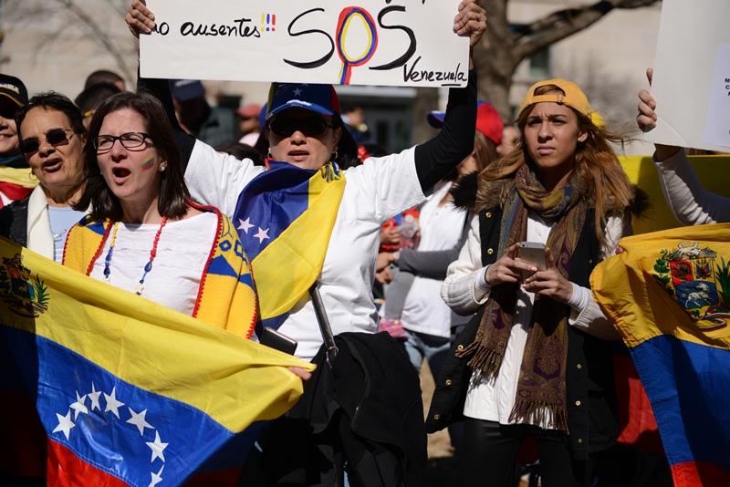 SOS Venezuela. Ảnh: HM