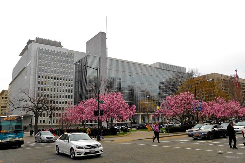 World Bank HQ. Ảnh: HM