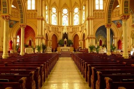Church in Macon. Ảnh: HM