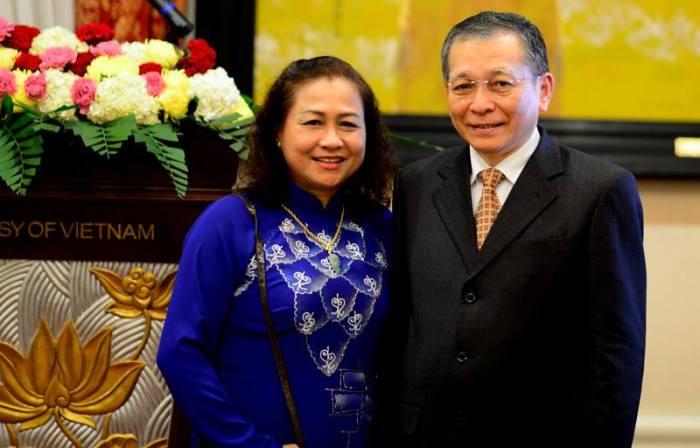 Bác Thanh và phu nhân Đoàn Hương. Ảnh: Hiệu Minh
