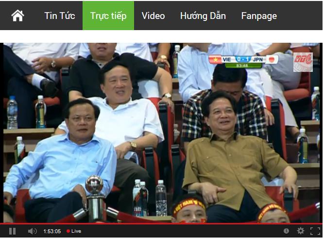 Có cả Thủ tướng và UVBCT tới dự nhưng vẫn không tránh được thua 1-0.