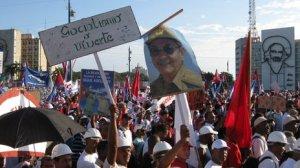 Nhân dân Cuba ủng hộ chính quyền. Ảnh: Internet