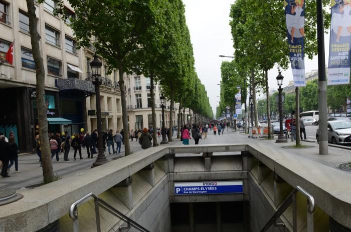 Đại lộ đẹp ở Paris. Ảnh: HM